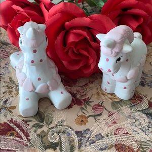 2/$7 set of 2 vintage ceramic unicorns